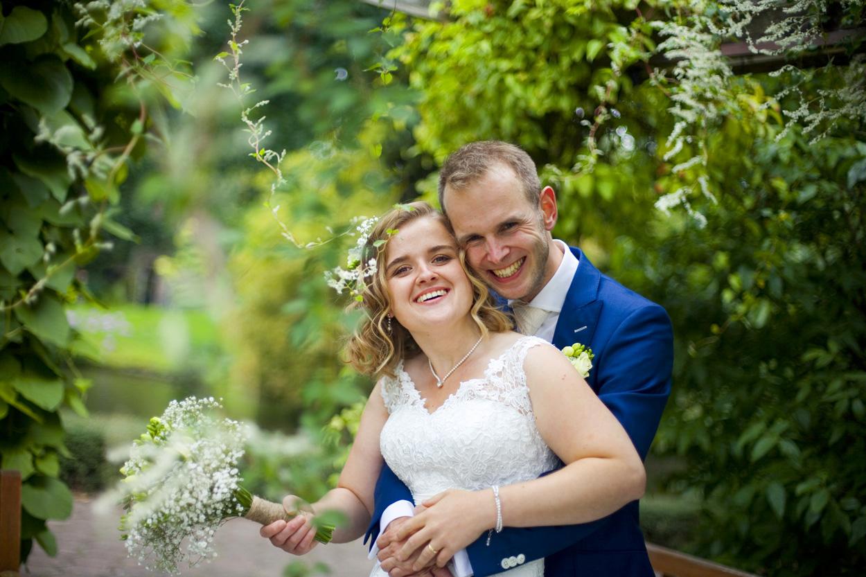 Bruidsfotografie bruiloft romantische trouwreportage Botanische Tuinen Utrecht
