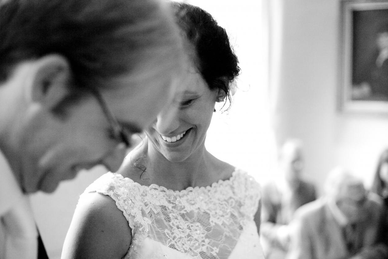 Bruidsfotografie bruiloft Kuyl's Fundatie Rotterdam bruidspaar ceremonie jawoord