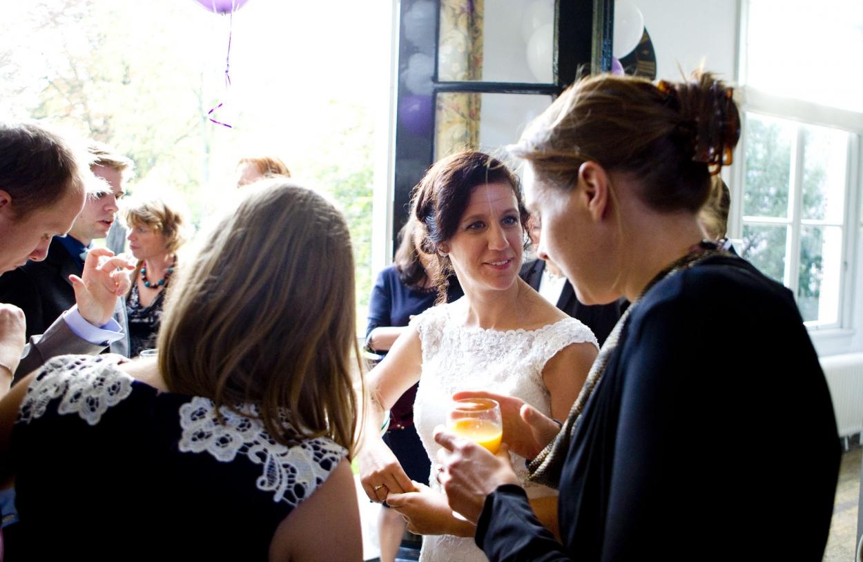 Bruidsfotografie bruiloft Kuyl's Fundatie Rotterdam borrel receptie