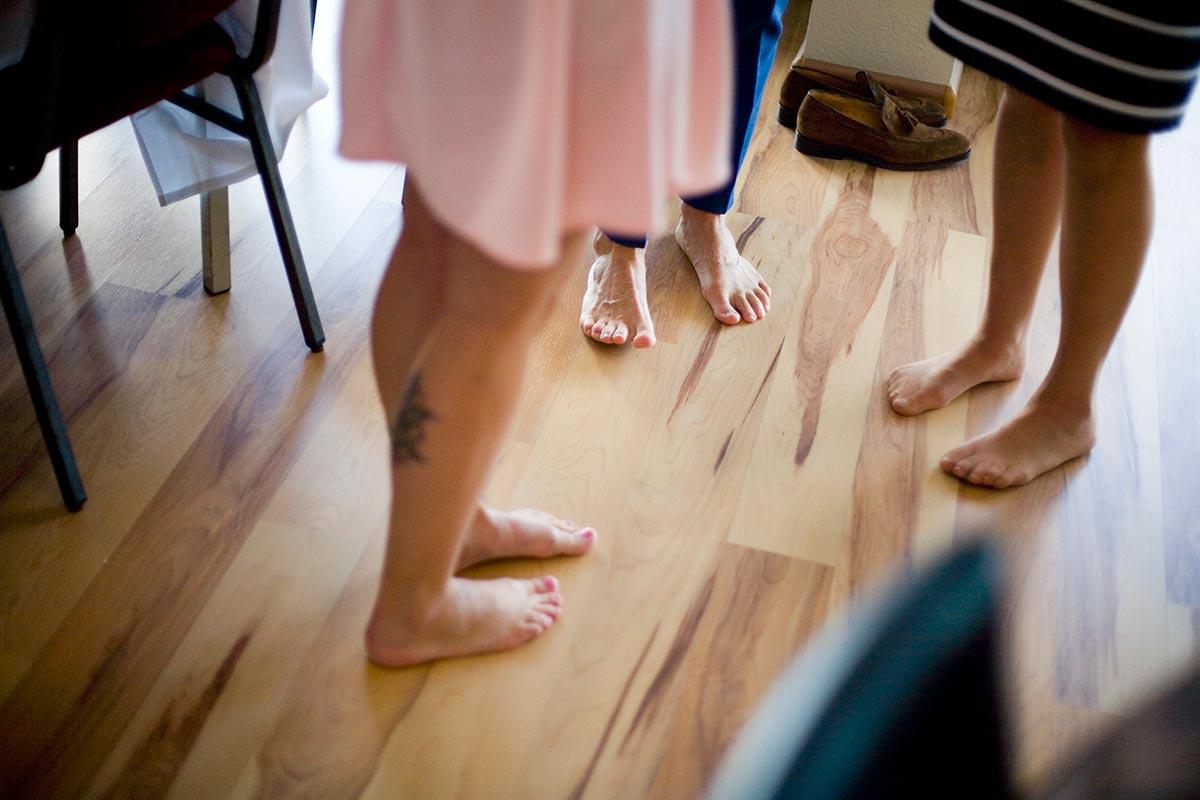 Blote voeten bruiloft Raadhuis Leidschendam en Witte Paard Nootdorp