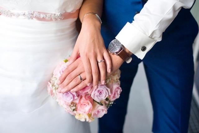 Trouwboeket trouwringen bruiloft Raadhuis Leidschendam en Witte Paard Nootdorp