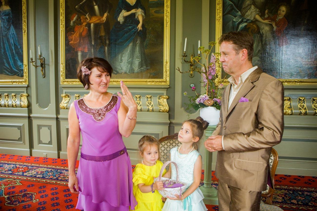 bruidspaar ceremonie Marotzaal Kasteel Duivenvoorde Voorschoten